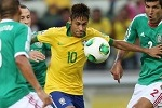 Football - Brazil v Mexico - FIFA Confederations Cup Brazil 2013 Group A - Estadio Castelao, Fortaleza, Brazil - 19/6/13Brazil's Neymar (2nd R) in action with Mexico's Francisco Rodriguez (R)Mandatory Credit: Action Images / Lee SmithLivepic
